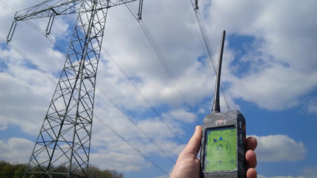 Dog GPS X20 dosah pod dráty vysokého napětí