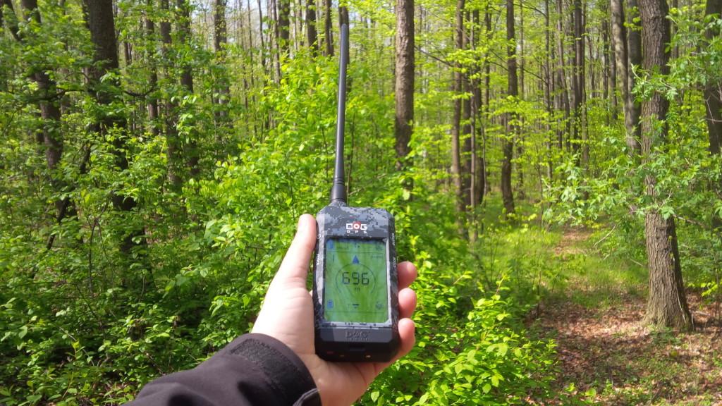 Dog GPS X20 dosah v lese